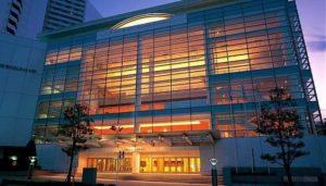 フランス映画祭 横浜みなとみらいホール 大ホール 日仏交流 花展示