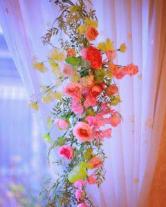 春アレンジ 壁飾り スイトピー ラナンキュラス