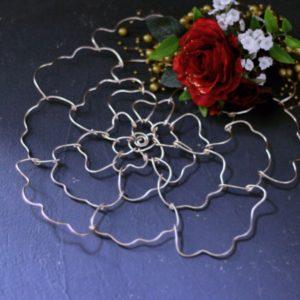 薔薇 ワイヤーワーク