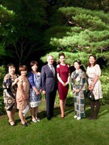スイス大使館にて大使と大使夫人と