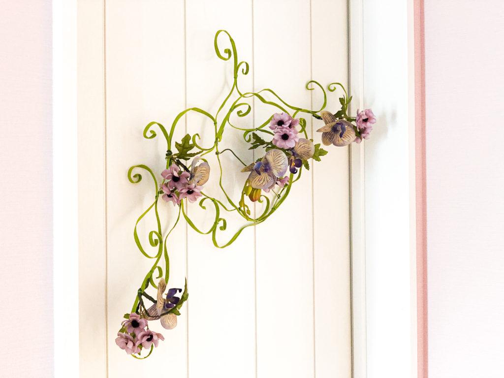 ワイヤーでつくる壁飾り